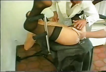 La mora si prende il fisting anale
