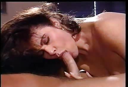 La bellissima boccuccia della classica pornostar