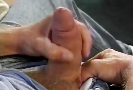 Farsi la sega durante lo spogliarello