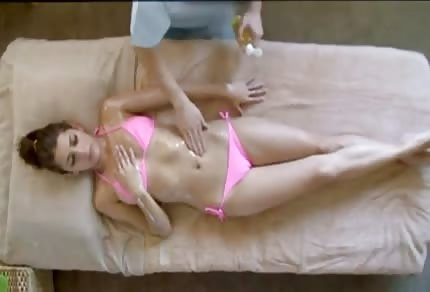 La mora si prende il massaggio giapponese