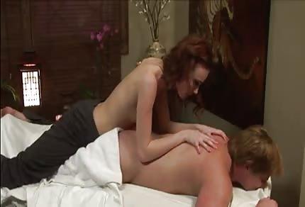 Zoe Voss - la sexy massaggiatrice