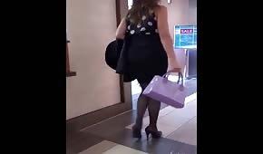 Milf al centro commerciale