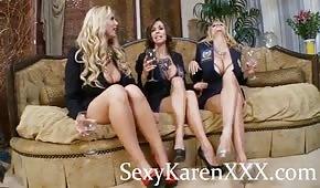 Gambe tornite di tre donne sexy