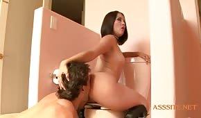 Ruvido porno in bagno