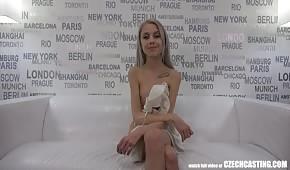 Un piccolo ceco per casting di sesso
