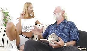 Il nonno è anche biondo abbronzato