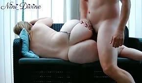 Sesso su un dormiglione con un cupcake biondo