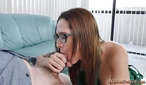 Sesso di compleanno con un bel occhiale